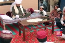 Khadim Sultan ul Faqr Sultan Mohammad Najib ur Rehman Madzillah ul Aqdus Ki Chaudhary Mohammad Asghar Ali Sarwari Qadri Kay Ghar Amad Aur Istaqbal Tehsil Mian Channu District Khanewal 16 April 2015